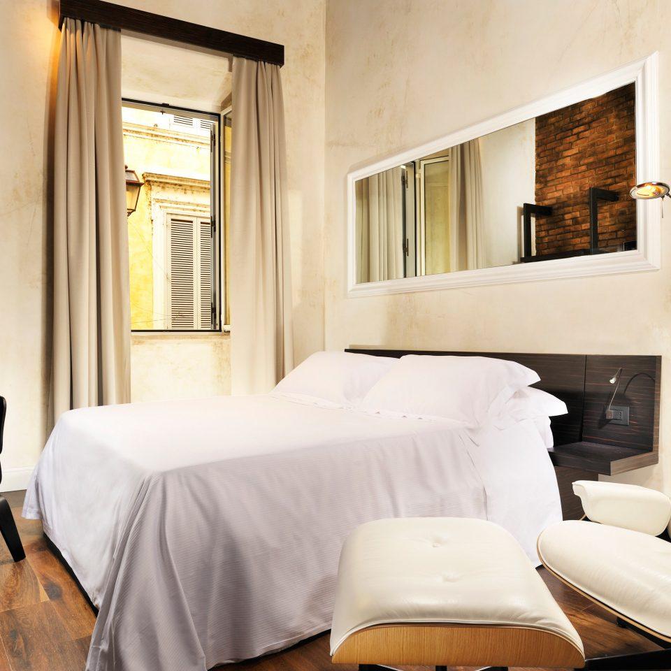 Bedroom Hip property Suite home living room condominium cottage Villa