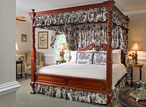 Bedroom Historic property living room four poster bed frame bed sheet cottage studio couch