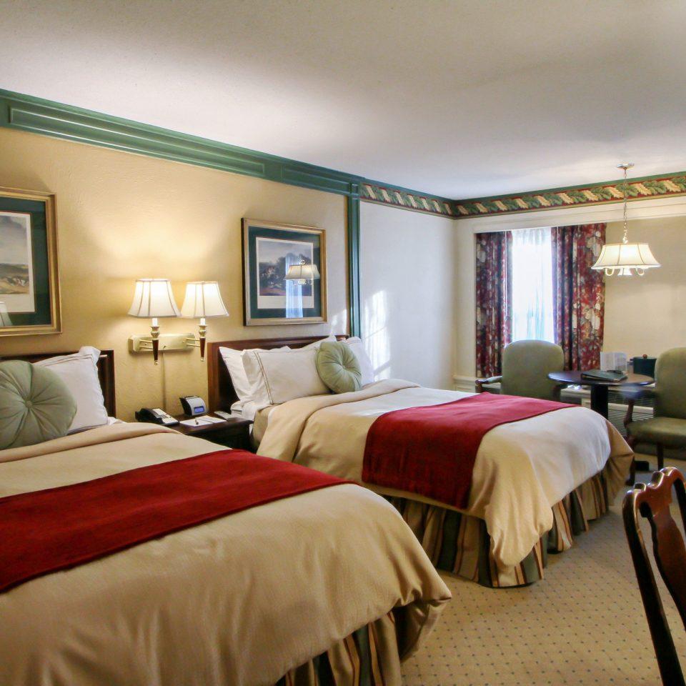 Bedroom Historic Inn Outdoor Activities property Suite scene Resort cottage