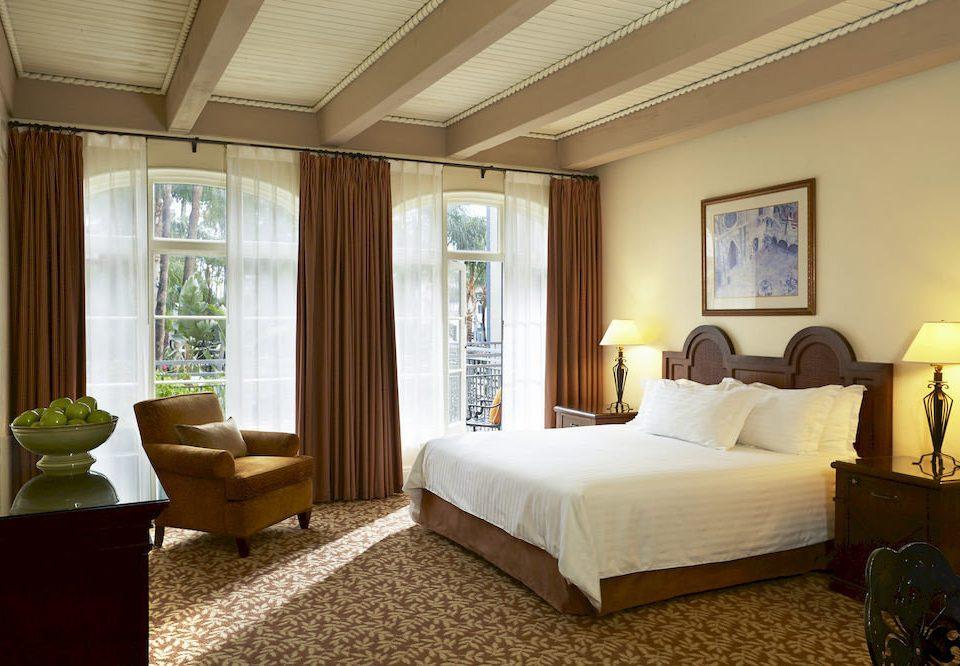 Bedroom Historic Lounge Suite property living room condominium home cottage Villa Resort