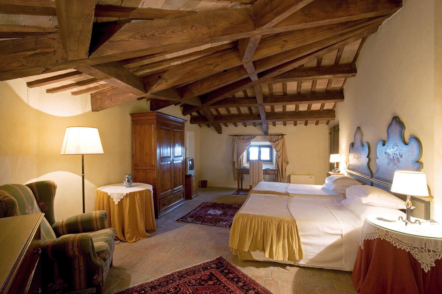 Bedroom Historic Romantic Suite property building cottage Villa Resort farmhouse living room