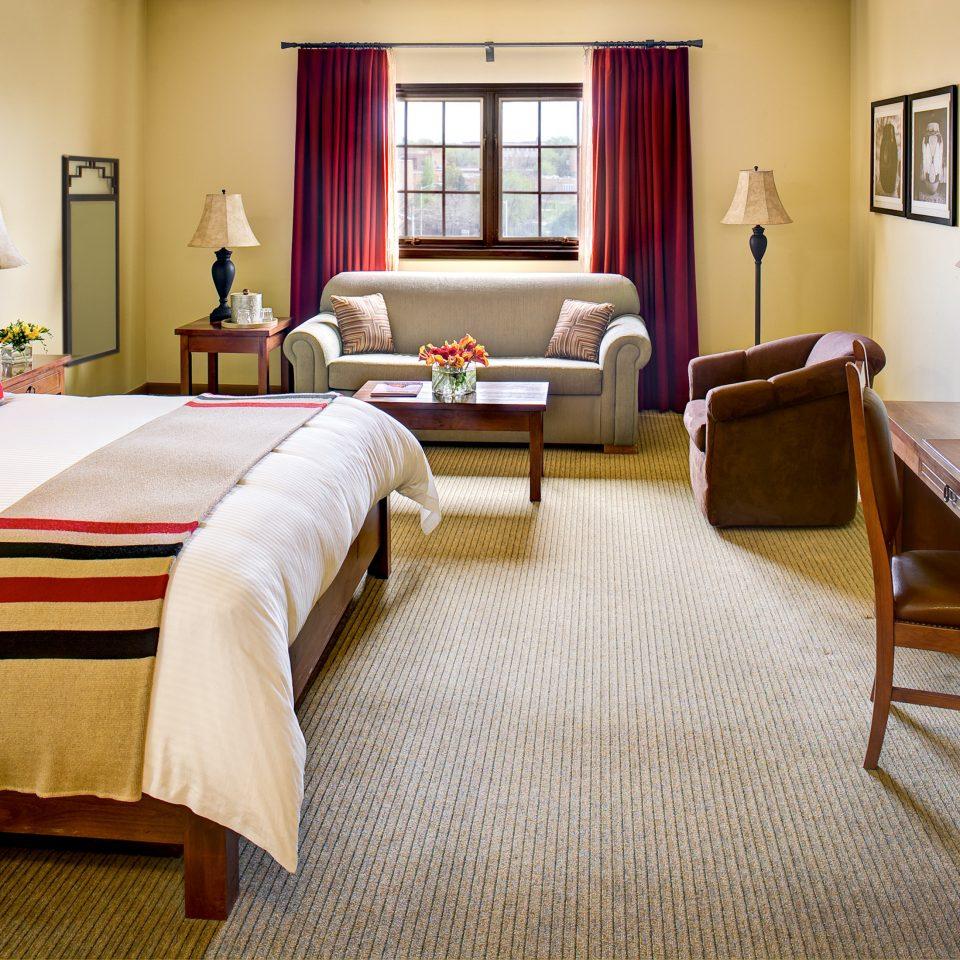 Bedroom Historic Rustic property Suite home living room cottage bed sheet