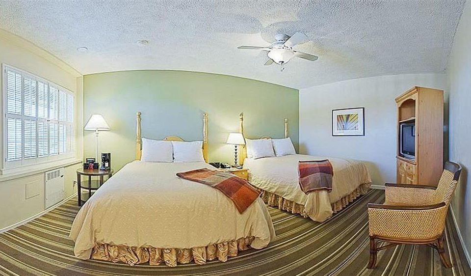 Bedroom Historic property Suite cottage Villa