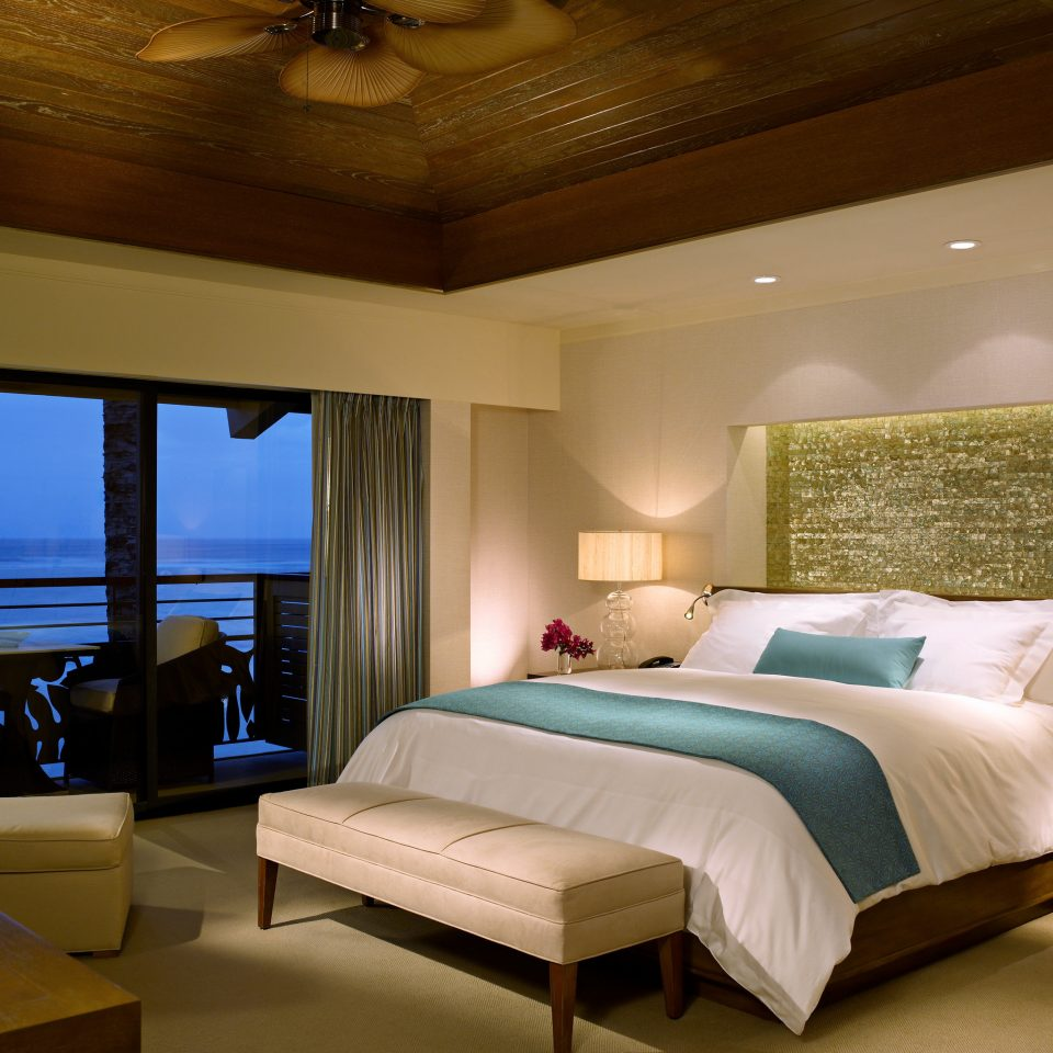 Bedroom Honeymoon Island Luxury Resort Romance Romantic property Suite green living room cottage Villa