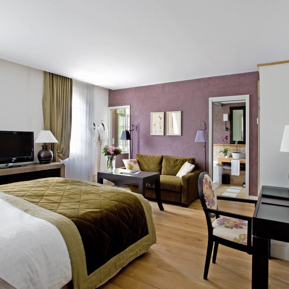 Bedroom Honeymoon Luxury Modern Romance Wellness sofa property living room home Suite cottage condominium Villa