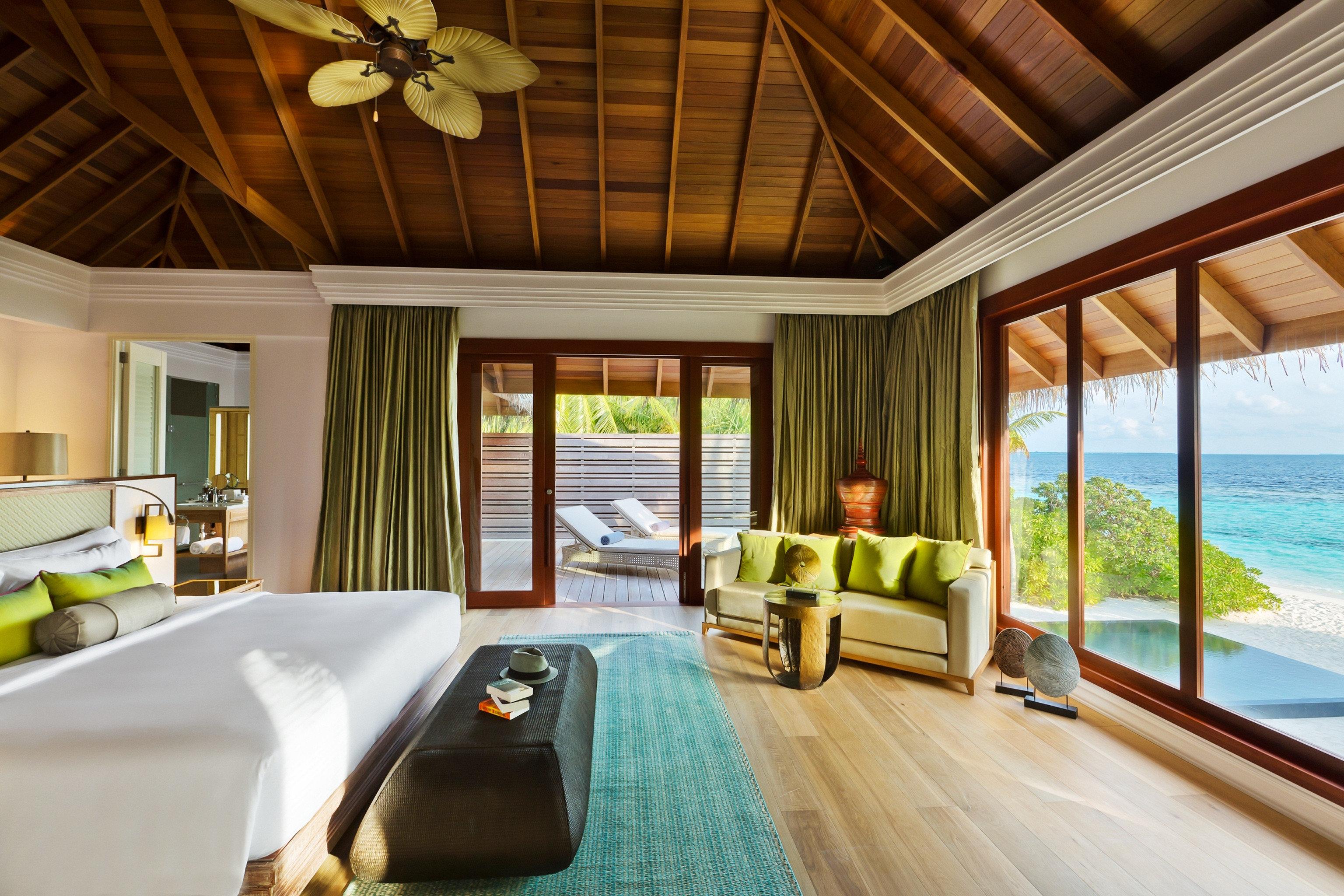 Bedroom Honeymoon Luxury Resort Romance Romantic property swimming pool Villa home Suite cottage condominium mansion eco hotel