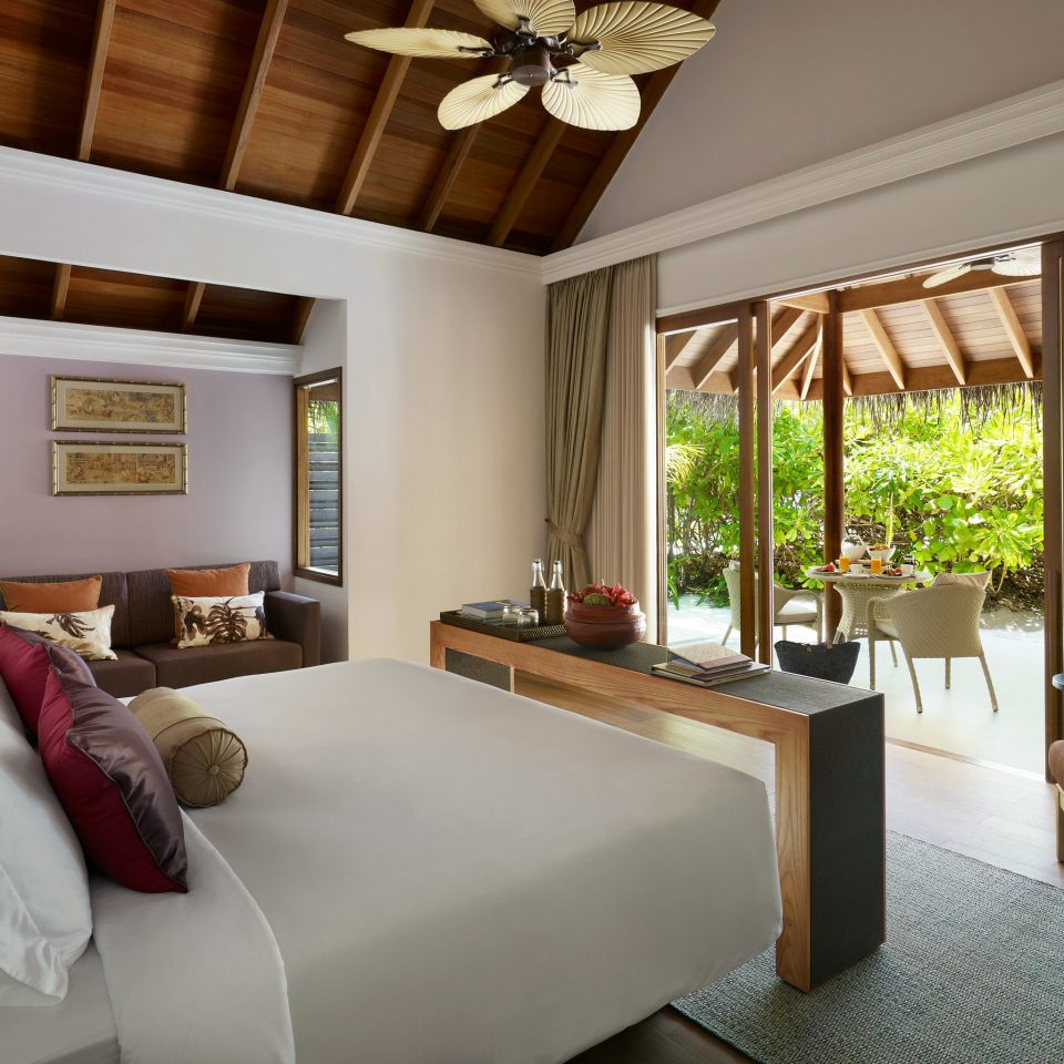 Bedroom Honeymoon Luxury Resort Romance Romantic sofa property living room Villa home Suite cottage condominium farmhouse