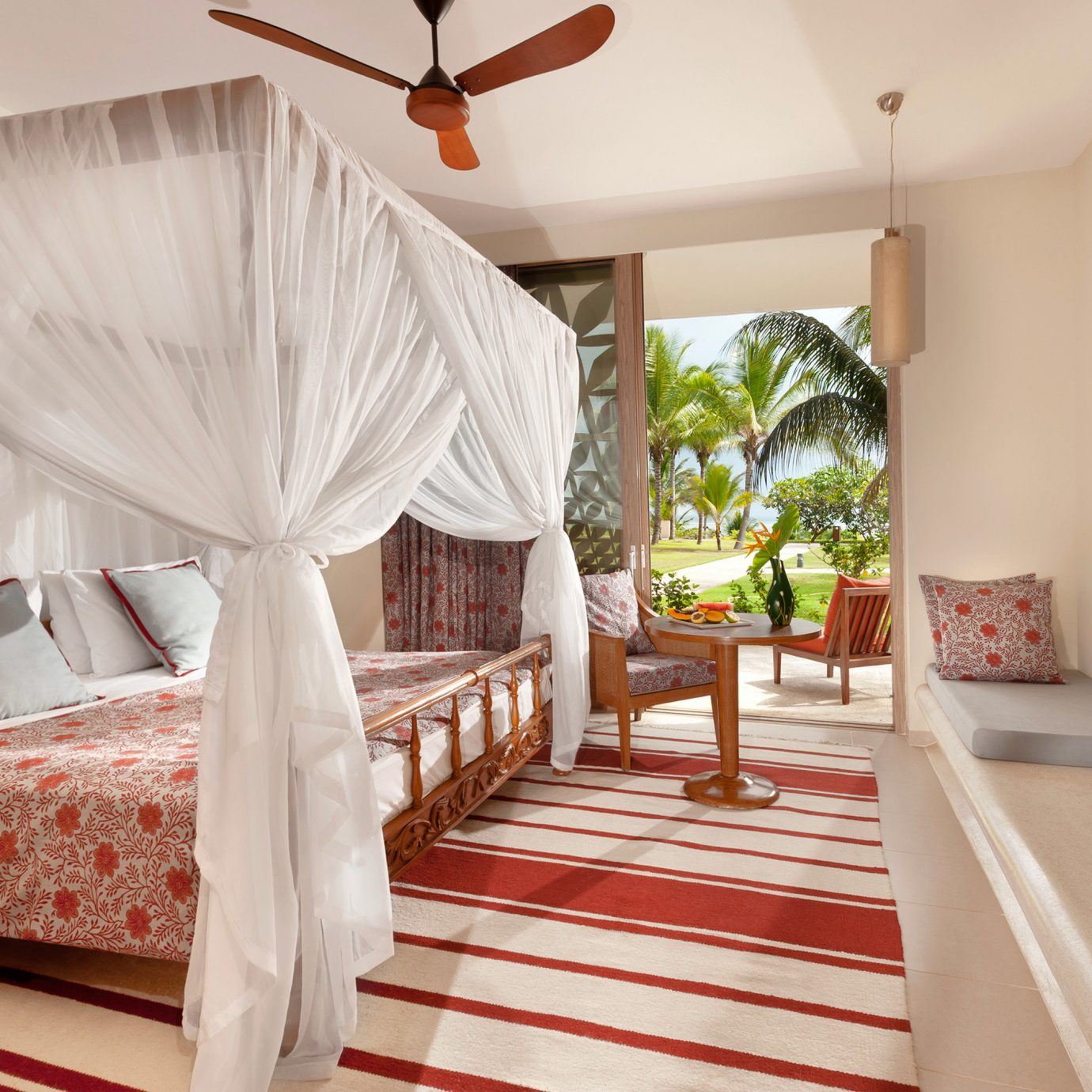 Bedroom Honeymoon Luxury Romantic Scenic views property Suite cottage Villa living room