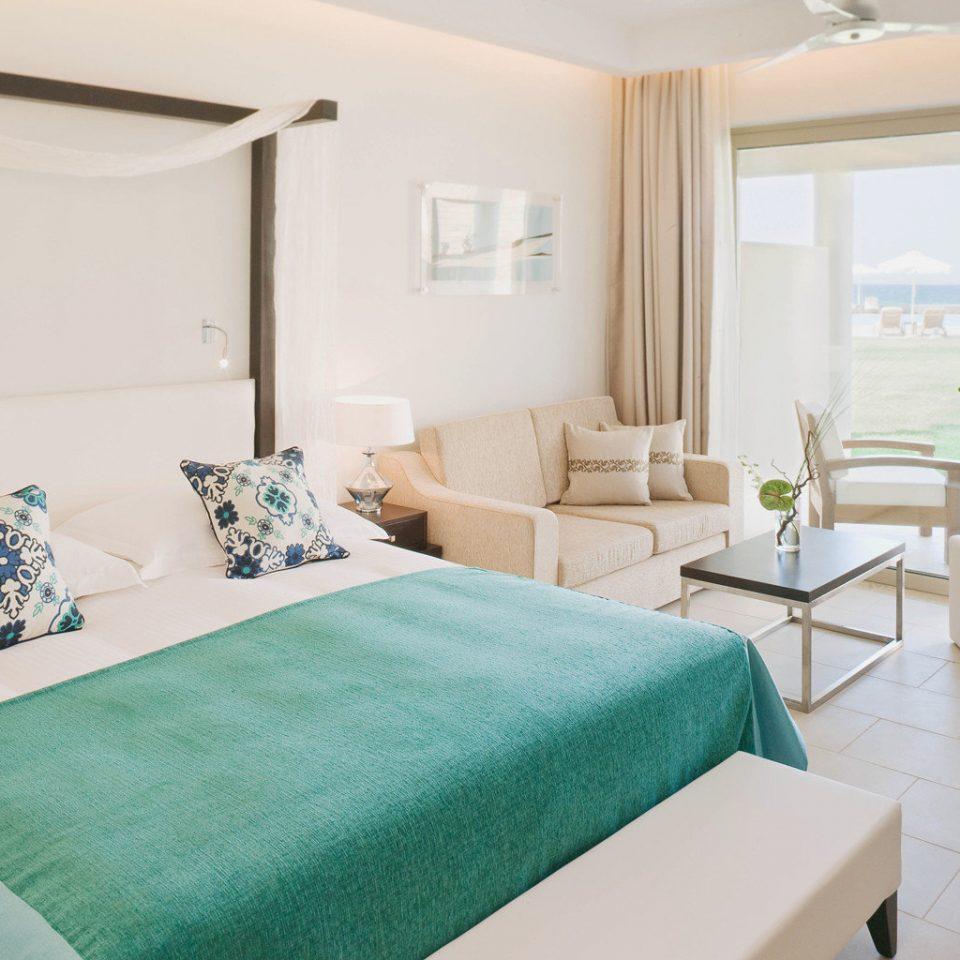 Bedroom Honeymoon Resort Scenic views green property Suite cottage Villa living room