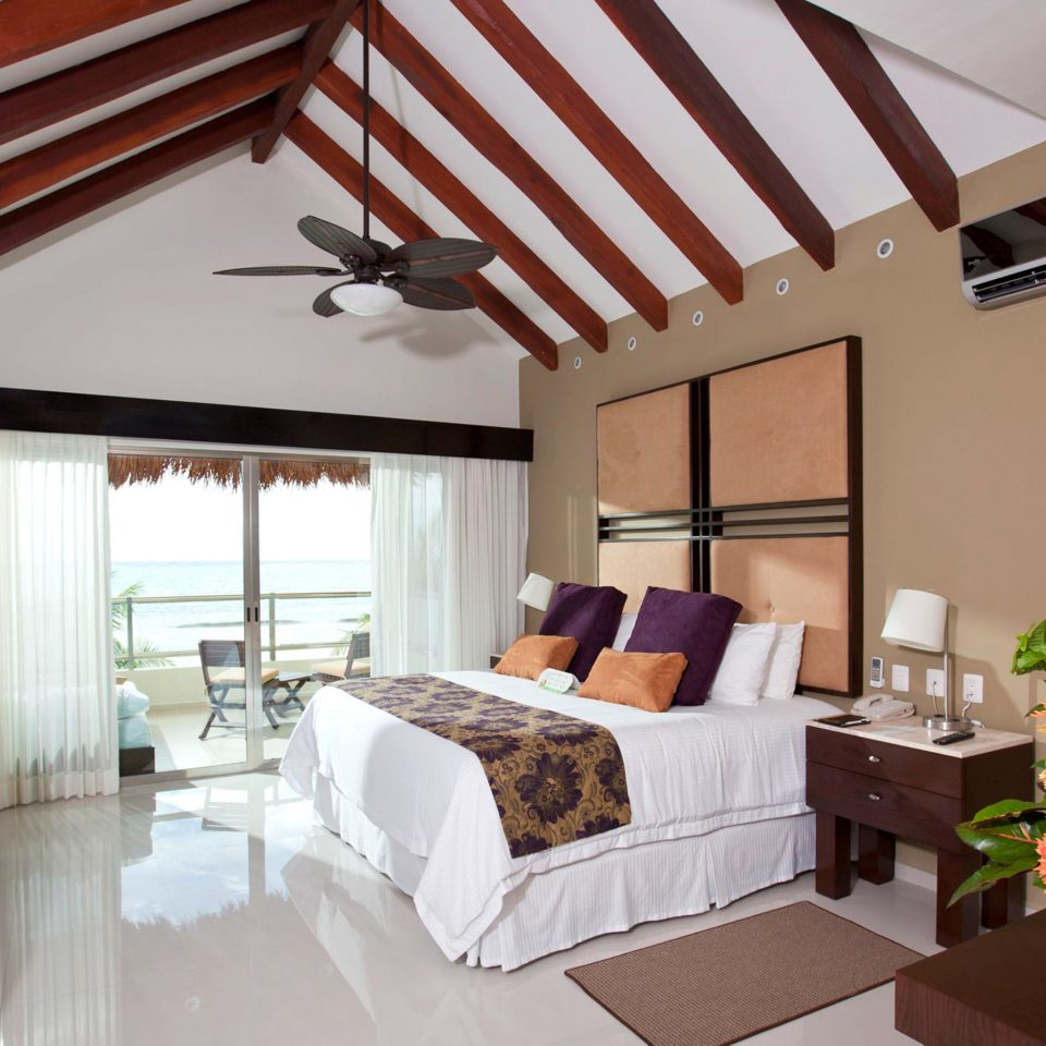 Bedroom Hotels Island Suite property Villa cottage living room home farmhouse Resort