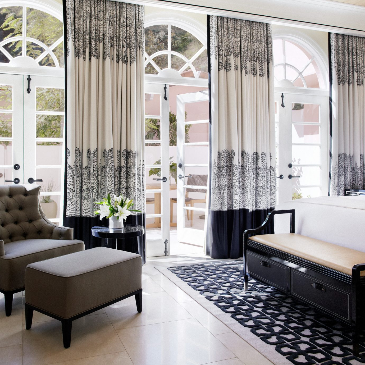 Bedroom Hotels Luxury Modern property living room home Suite condominium curtain