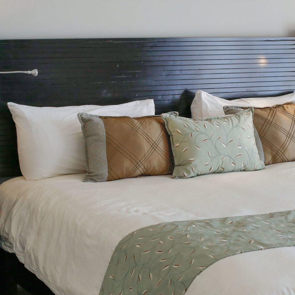 Alsol Luxury Village Cap Cana 3 Bedroom Suite Bedroom Hotels Luxury Modern Suite sofa duvet cover pillow bed sheet bed  frame lamp textile studio