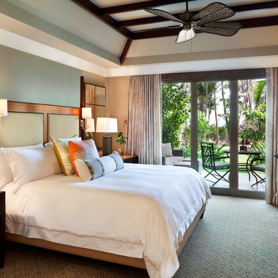 Bedroom Hotels Luxury Patio Resort Scenic views Trip Ideas property home Suite living room cottage Villa mansion