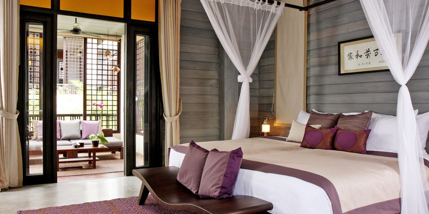 Bedroom Hotels Luxury Suite property home living room cottage Resort