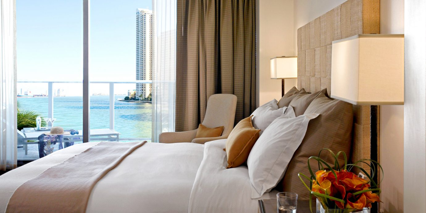 Bedroom Hotels Modern Scenic views Trip Ideas Waterfront sofa property Suite home cottage nice bed sheet living room condominium