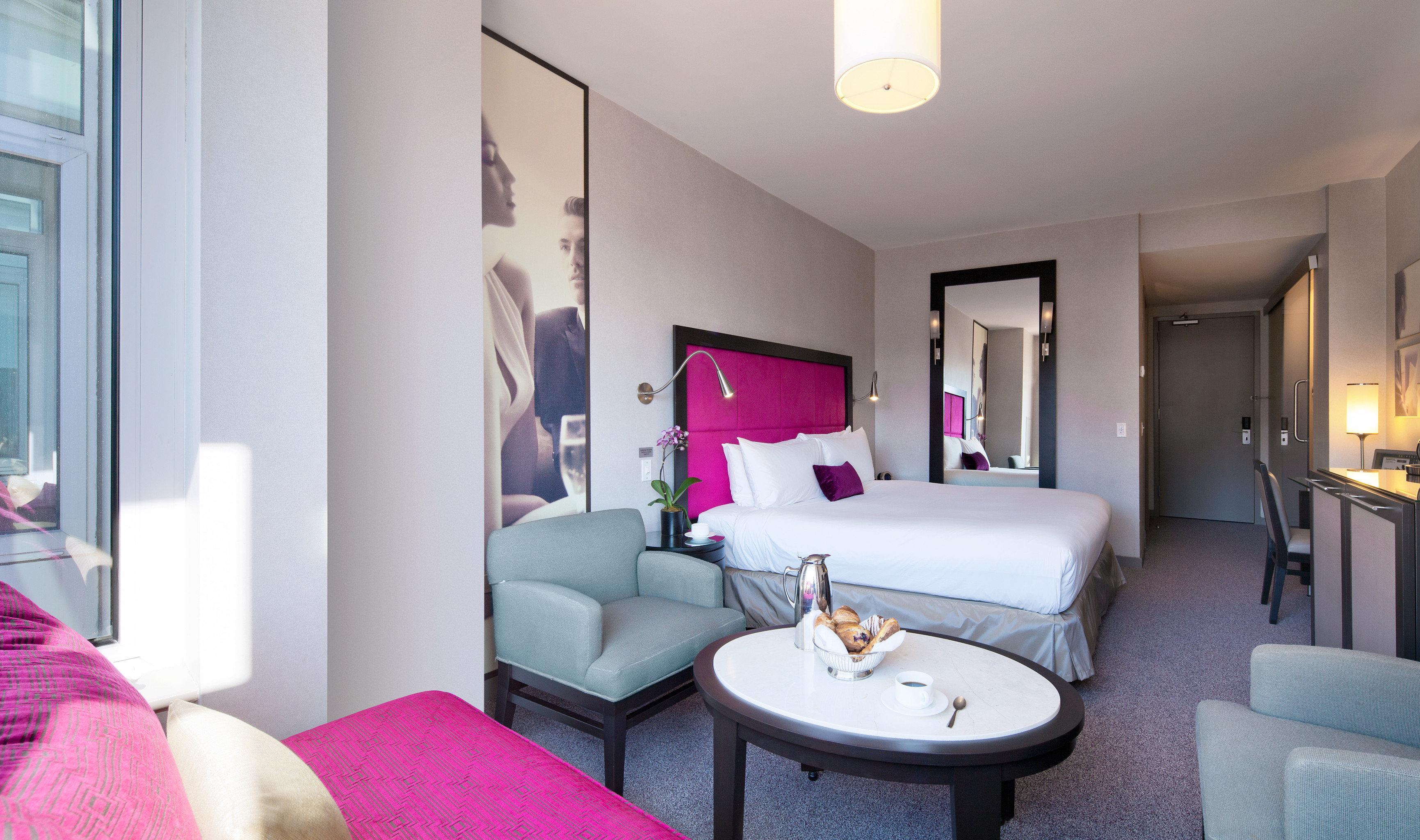 Bedroom Hotels Modern property living room Suite condominium home cottage Villa