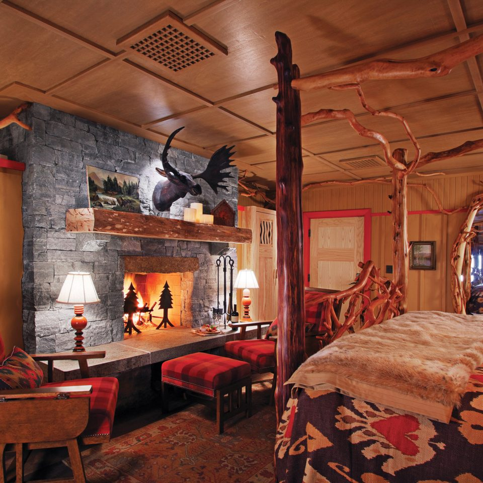 Hotels New York Romantic Hotels home living room cottage recreation room farmhouse Bedroom