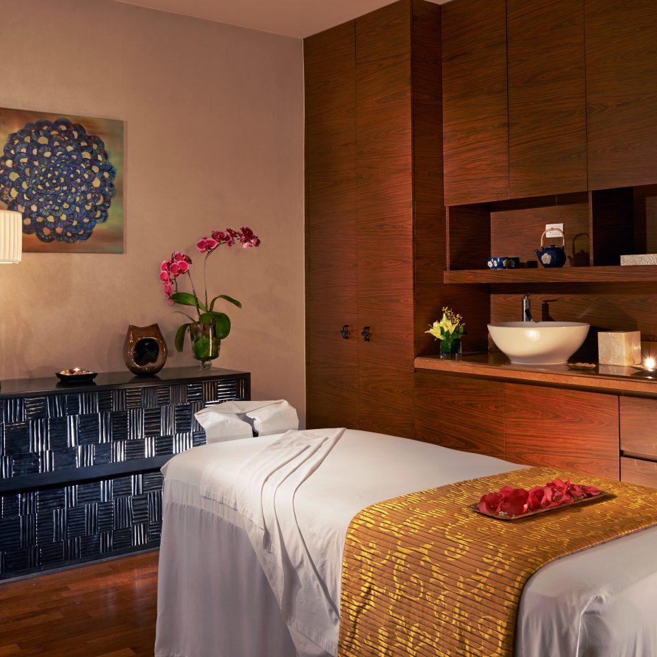 Hotels Resort Spa Wellness sofa property home Suite cottage Bedroom flat