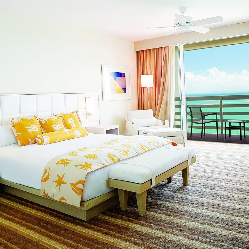 Hotels property Suite Bedroom condominium cottage Resort Villa living room