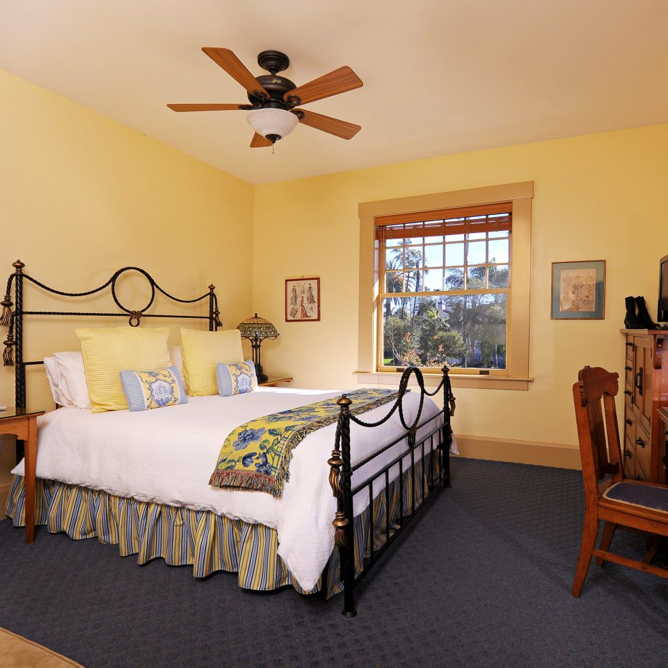Bedroom Inn Lodge Romantic property home cottage living room Suite