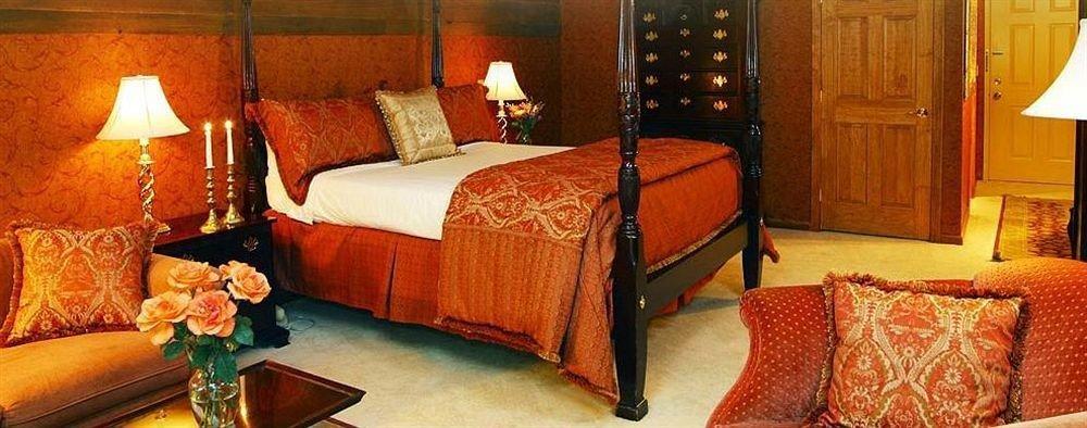 Bedroom Inn Modern sofa Suite cottage lamp bed sheet
