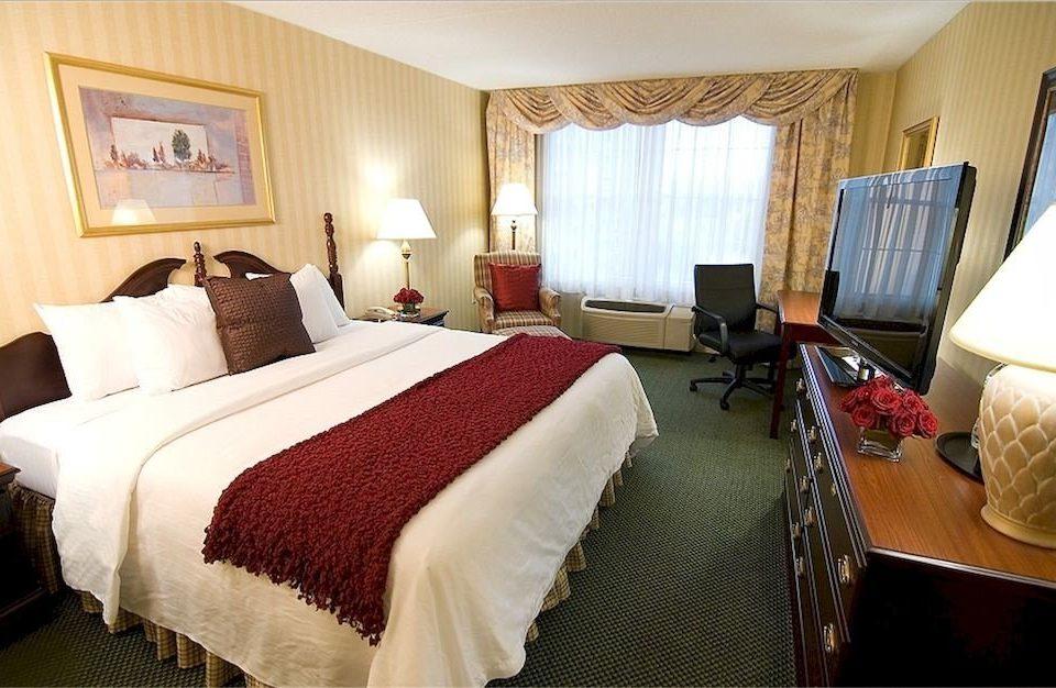 Bedroom Inn Romantic property Suite cottage Resort