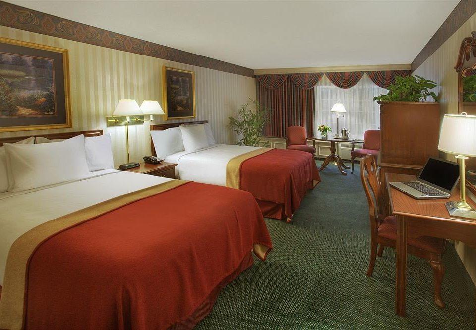 Bedroom Romantic chair property Suite Resort cottage Villa Inn