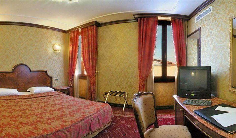 property building Suite cottage Resort Bedroom Inn Villa