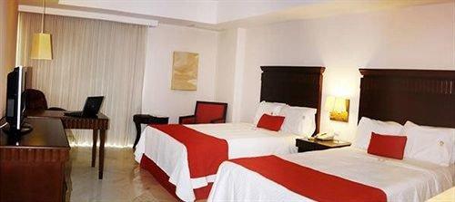 property Suite Bedroom Resort cottage Inn Villa