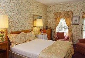 Bedroom property cottage Suite Resort Villa Inn