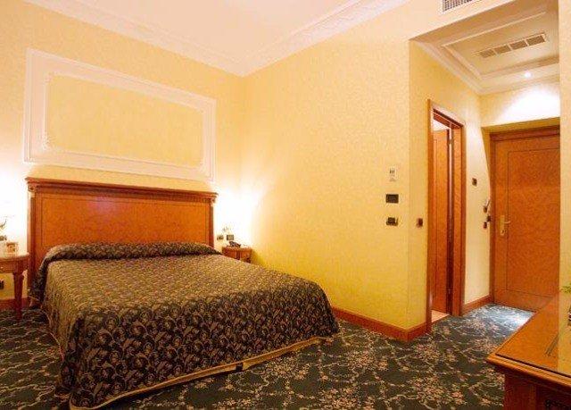 property Bedroom Suite cottage Inn