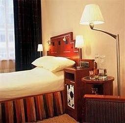 property Suite cottage Bedroom Inn