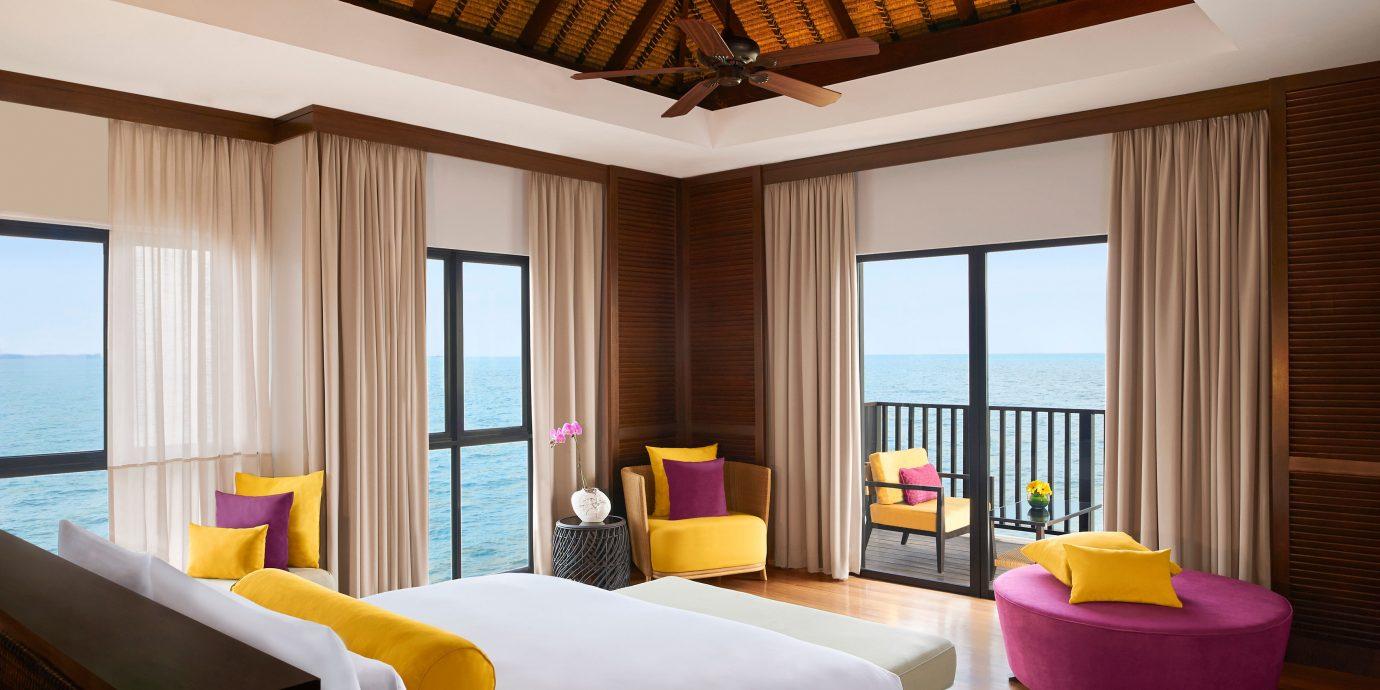 Bedroom Island Luxury Overwater Bungalow property Resort Suite living room Villa condominium cottage