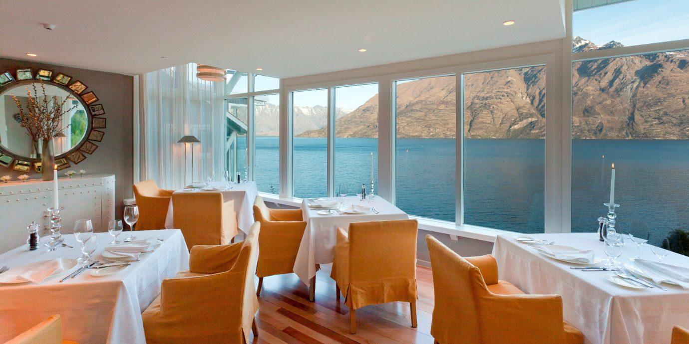 property chair Resort restaurant Villa Suite cottage Bedroom Island