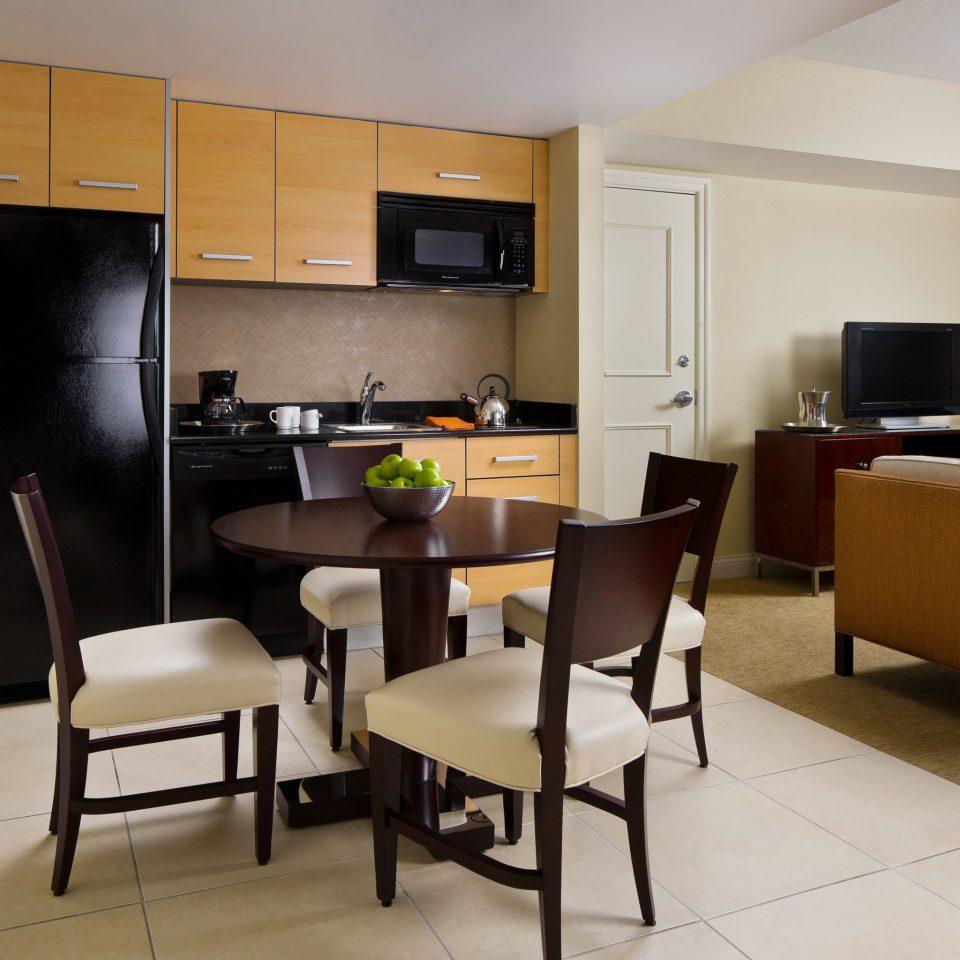 Kitchen property condominium Suite home living room Bedroom