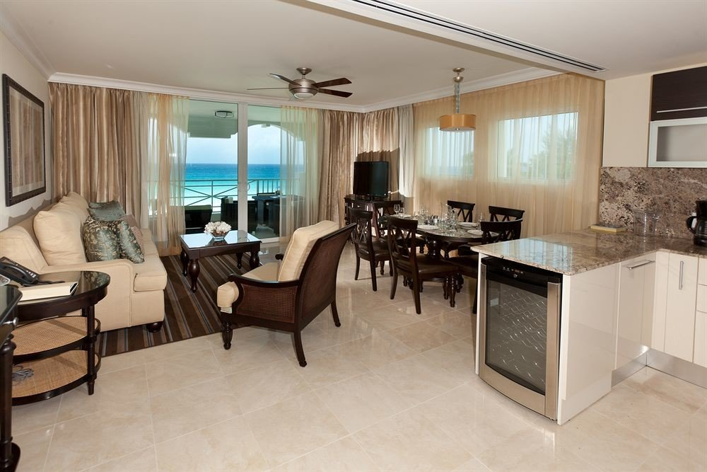 property home living room hardwood condominium Suite cottage Kitchen Villa Bedroom