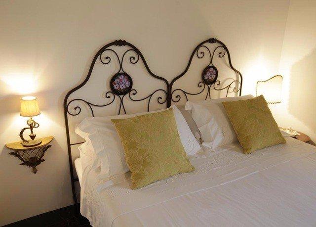 property Bedroom lighting pillow lamp night