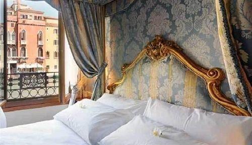 pillow Bedroom lamp