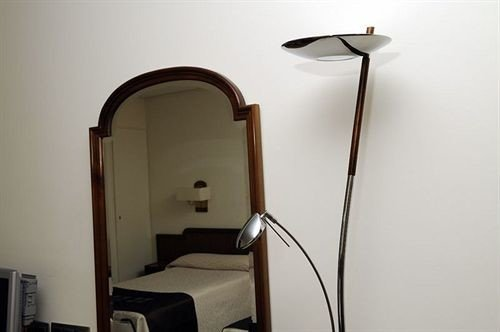 lighting plumbing fixture Bedroom