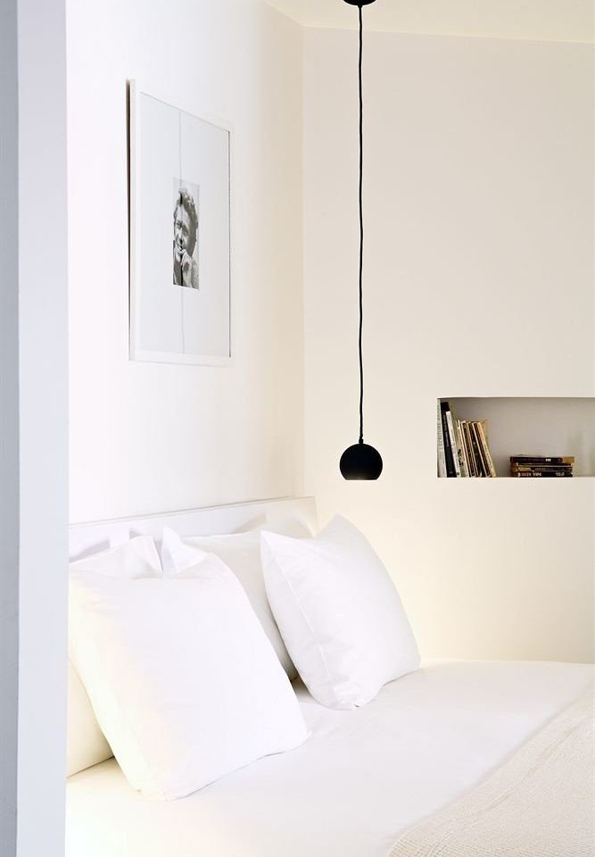 white Bedroom lighting