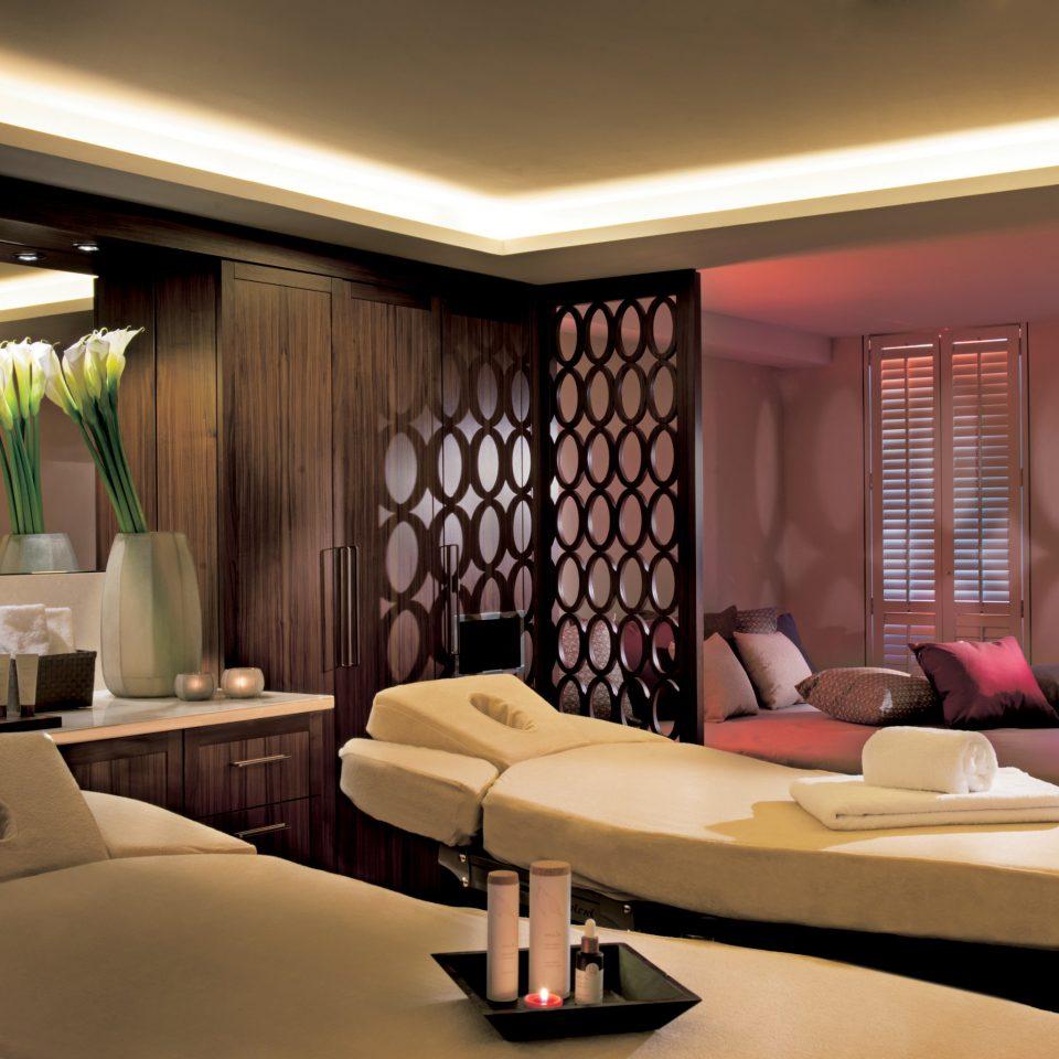Luxury Romantic Spa sofa property living room condominium Suite home Lobby Bedroom Modern flat
