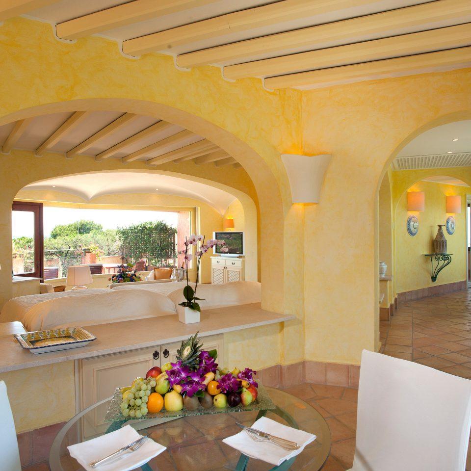 Bedroom Luxury Suite property Villa living room Resort hacienda home restaurant mansion arch cottage Lobby