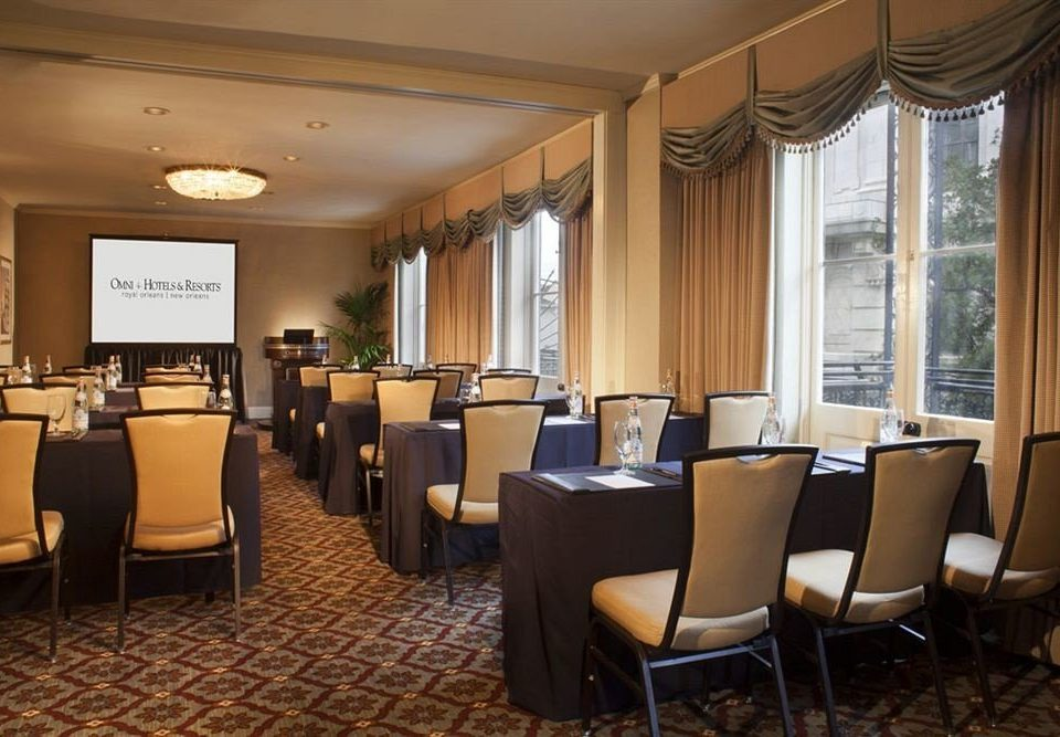 chair property function hall conference hall Suite restaurant Lobby convention center ballroom Bedroom conference room