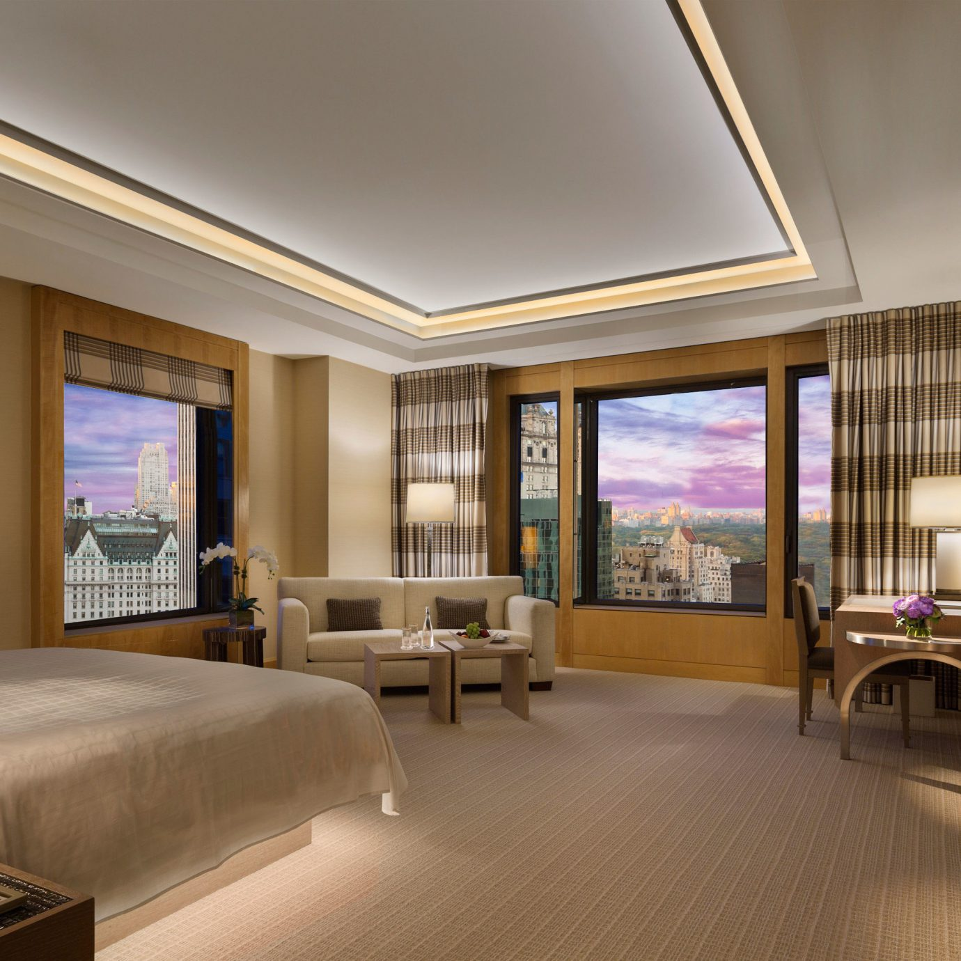 sofa property living room Lobby condominium home Suite mansion Bedroom