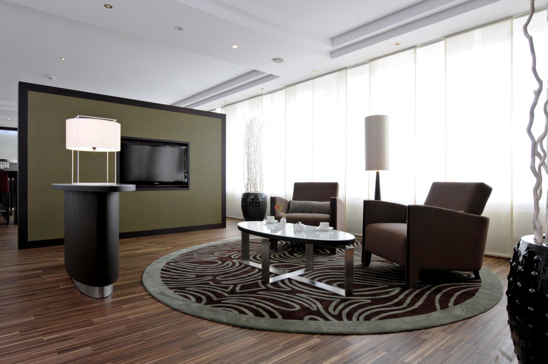 Bedroom Suite property living room conference hall Lobby condominium home dining table