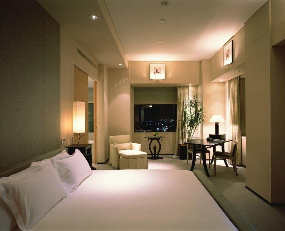 property Bedroom living room Suite condominium lighting Lobby