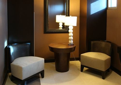 property Suite Lobby living room waiting room condominium Bedroom lamp