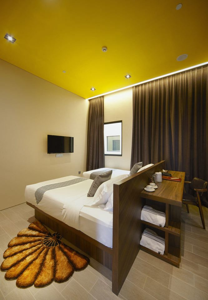 yellow living room lighting Suite home Lobby Bedroom