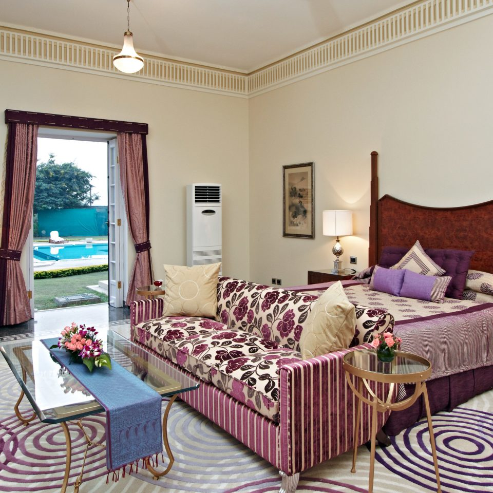 Bedroom Lodge Modern Suite property living room cottage home Villa