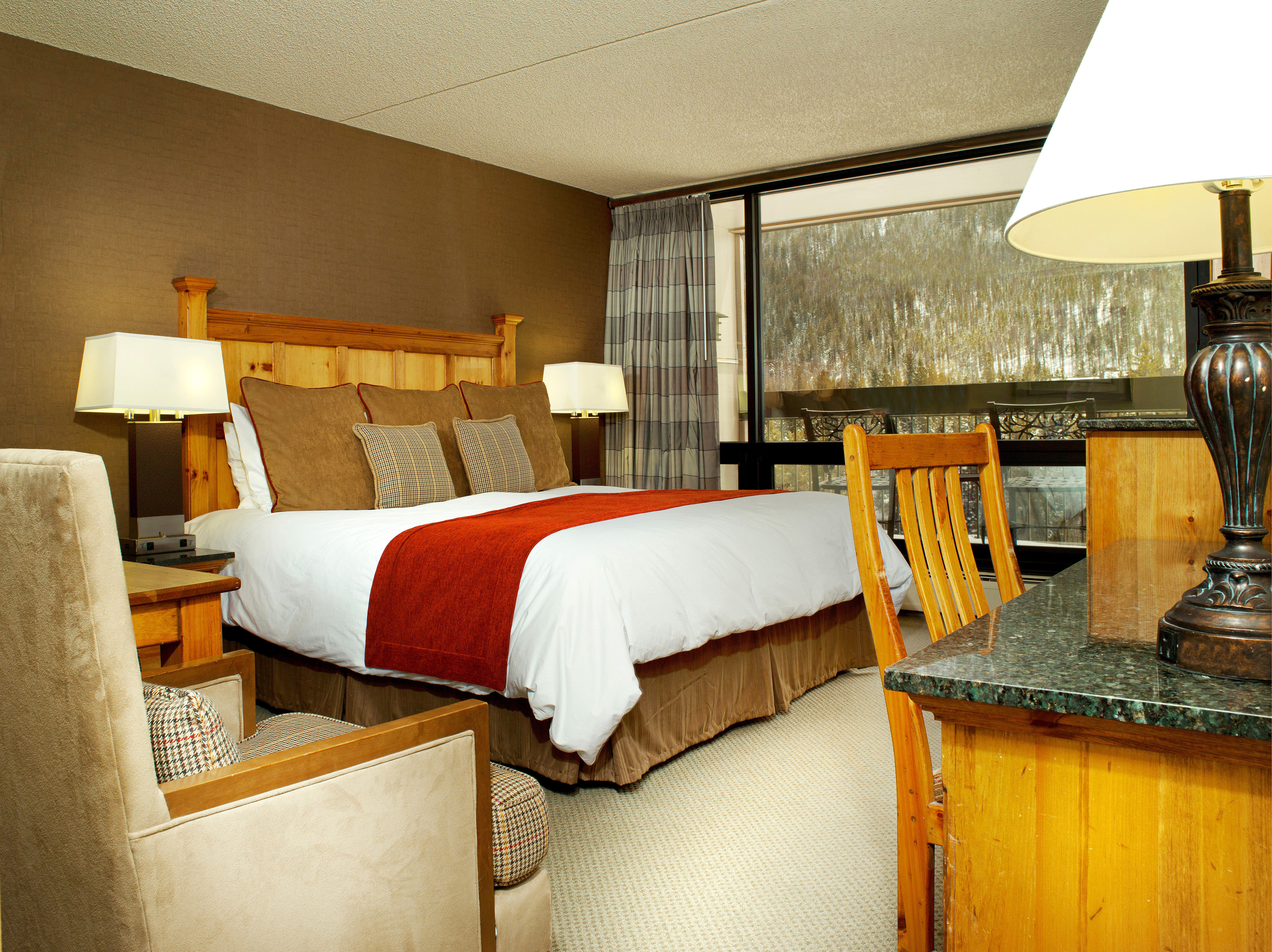 Bedroom Lodge Rustic property Suite cottage lamp